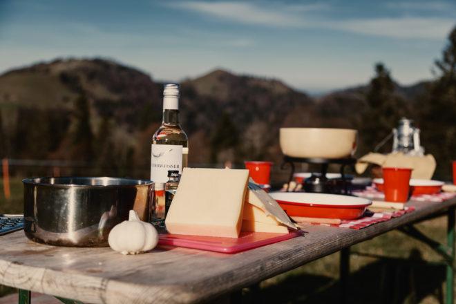 Nomady camp camping Schweiz Draussen Kochen Fondue01