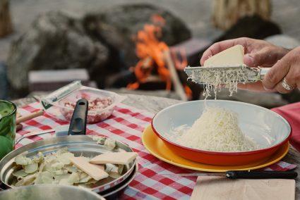 Nomady camping Schweiz Blog Draussen kochen Ofenturli03